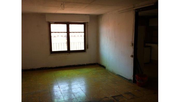 Edificio en Berga (60575-0001) - foto1