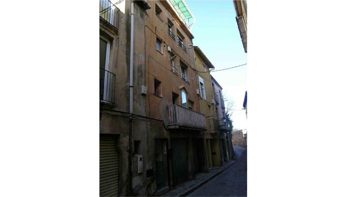 Edificio en Berga (60575-0001) - foto0