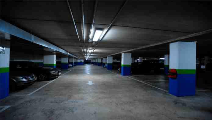 Garaje en Oviedo (Vázquez de Mella) - foto2