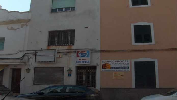 Edificio en Castell (Es) (25716-0001) - foto0