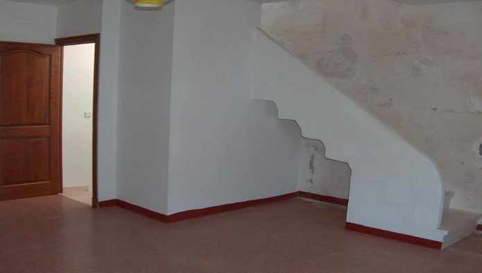 Edificio en Castell (Es) (25716-0001) - foto2