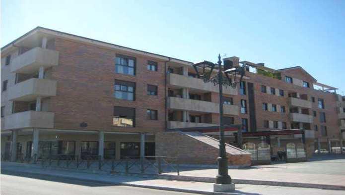 Locales en Lugo De Llanera (M51667) - foto0