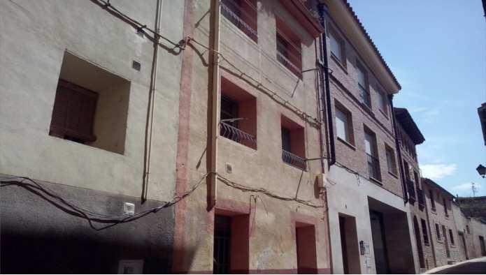 Casa en Calahorra (10034-0001) - foto0