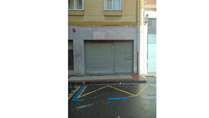 Locales en Pamplona/Iru�a (10020-0001) - foto0