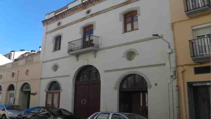 Locales en Figueres (Progr�s) - foto0