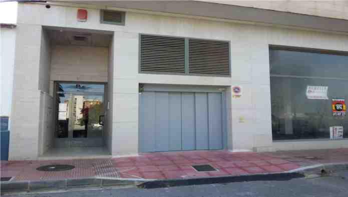 Garaje en Guardamar del Segura (Edificio Mecomar I) - foto1