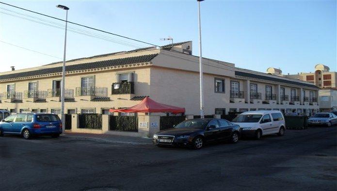 Edificio en Torrevieja (M54644) - foto1