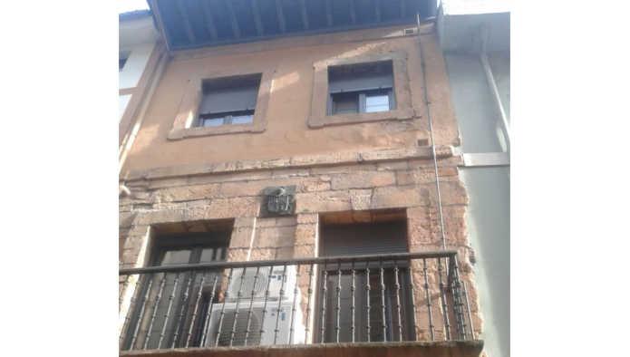 Piso en Oviedo (53894-0001) - foto0