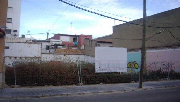 158096 - Solar Urbano en venta en Valencia / Barraix