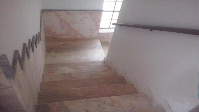 Edificio en Badajoz (09519-0001) - foto2