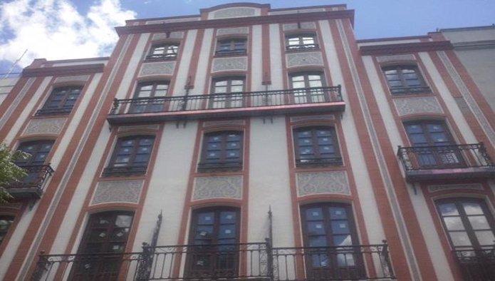 Edificio en Badajoz (09519-0001) - foto0