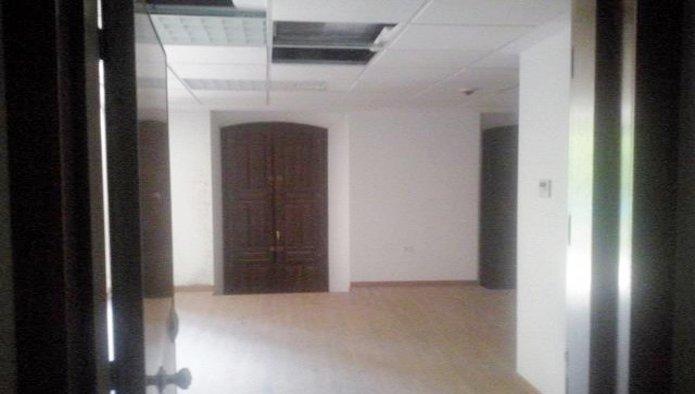 Edificio en Badajoz (09519-0001) - foto5