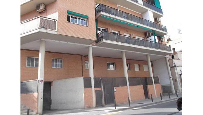 Garaje en Badalona (84380-0001) - foto0