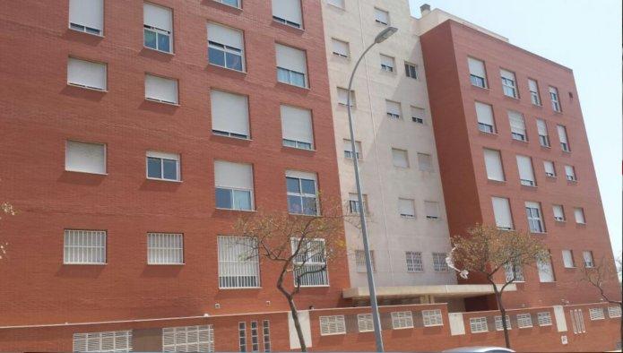 Piso en Almería (64992-0001) - foto0