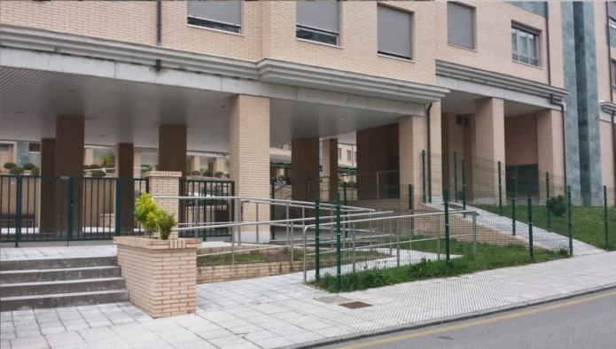 Garaje en Oviedo (M60069) - foto2