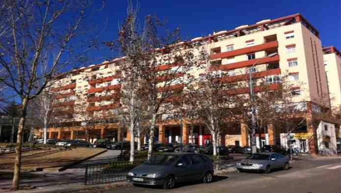 Locales en Badajoz (M57664) - foto0