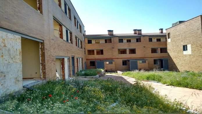 Edificio en Íscar (M66596) - foto1