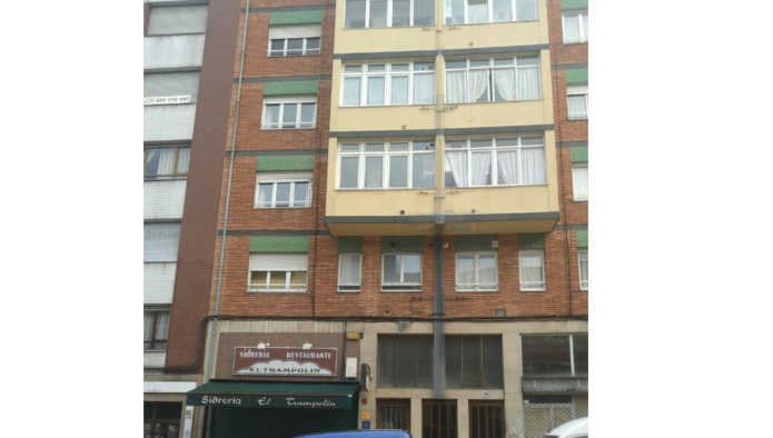 Piso en Oviedo (18025-0001) - foto0