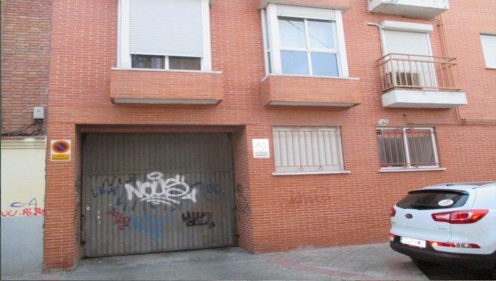 Garaje en Madrid (91977-0002) - foto0