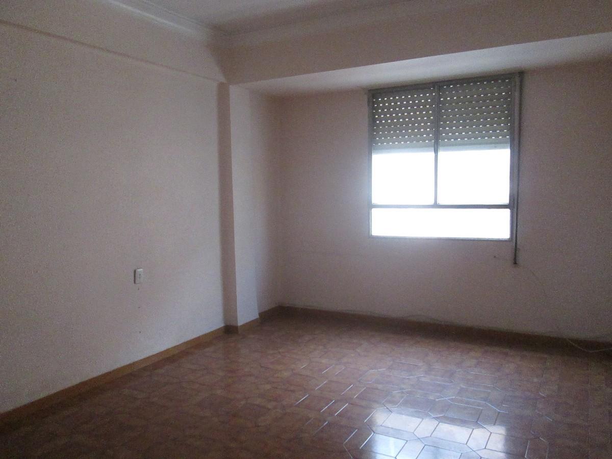 Apartamento en Valencia (22120-0001) - foto1
