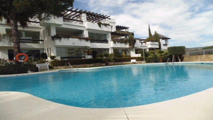 Apartamento en Marbella (23029-0001) - foto0