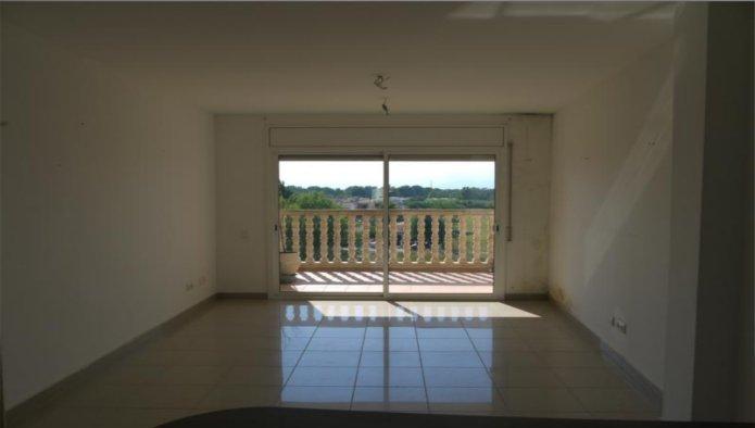 Apartamento en Castell� d'Emp�ries (30367-0001) - foto1