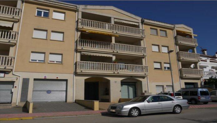 Apartamento en Castell� d'Emp�ries (30367-0001) - foto0