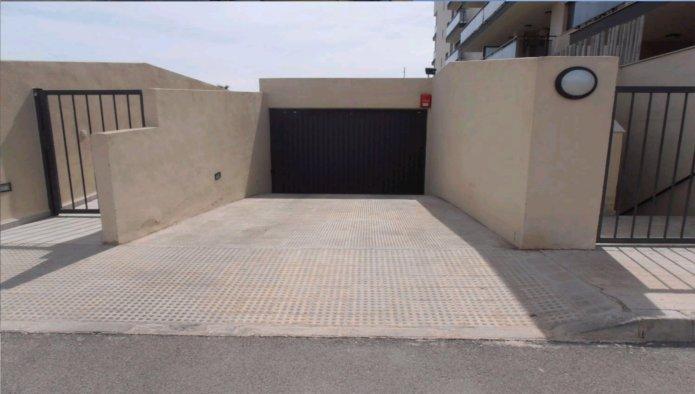 Garaje en Moncofa (32062-0001) - foto1