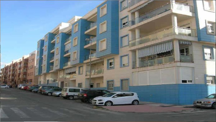 Piso en Roquetas de Mar (M61186) - foto0
