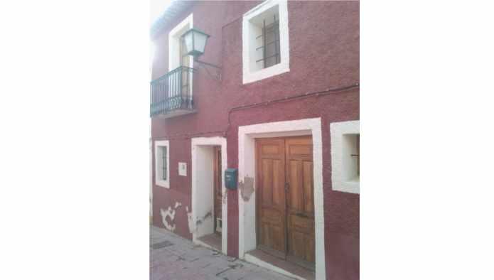 Casa en Aig�es (68393-0001) - foto0
