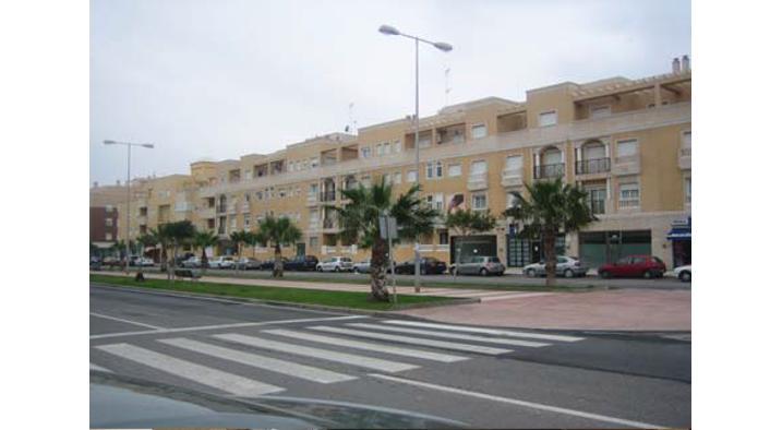 Apartamento en Roquetas de Mar (33399-0001) - foto0