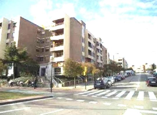 Piso en Zaragoza (Casablanca, C/ Oc�ano Atl�ntico) - foto0