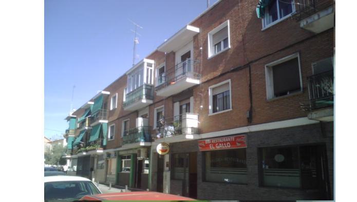 Bajo en Madrid (42178-0001) - foto0