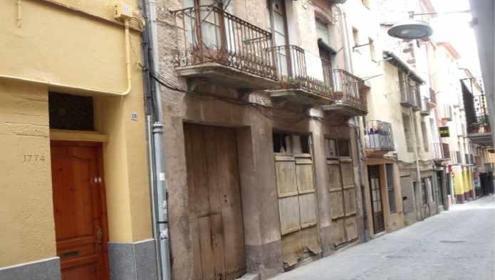 Casa en Olot (81902-0001) - foto2