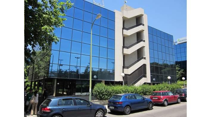Edificio en Madrid (M70224) - foto1