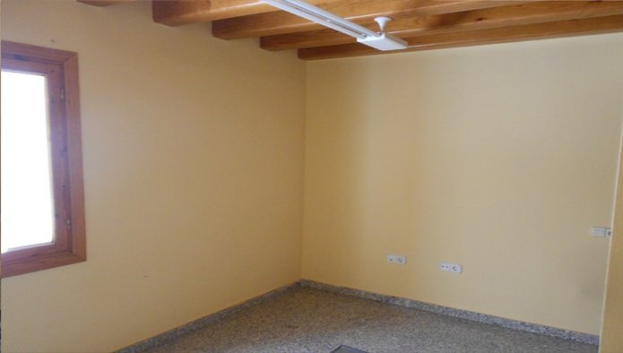 Estudio en Salamanca (22819-0001) - foto2