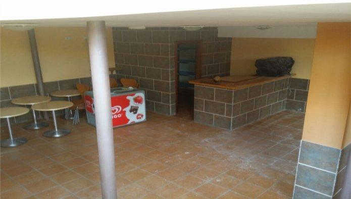 Locales en Oliva (La) (34724-0001) - foto2
