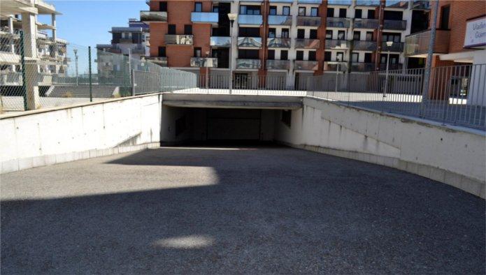 Garaje en Santa Cruz de Bezana (Avenida De La Libertad) - foto3