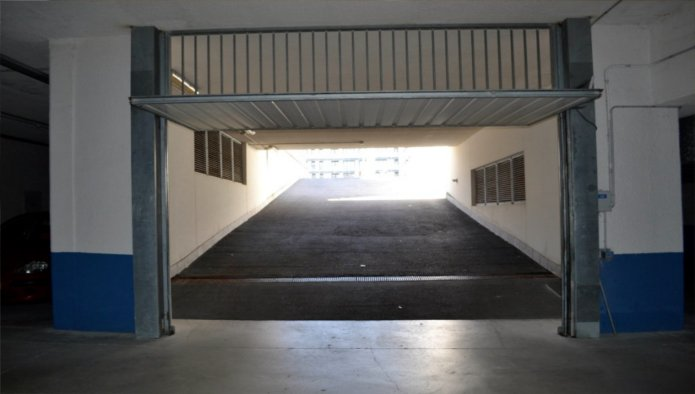 Garaje en Santa Cruz de Bezana (Avenida De La Libertad) - foto1
