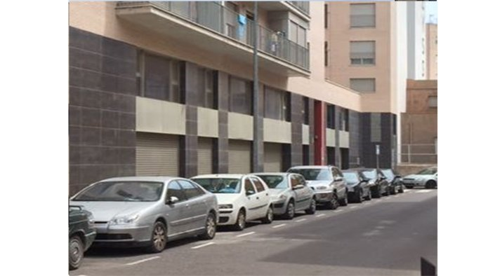 Locales en Vinaròs (M64473) - foto4