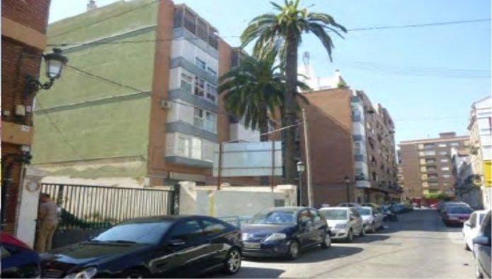 164851 - Solar Urbano en venta en Valencia / C. Los Leones n