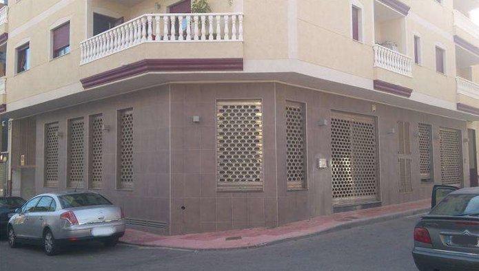 Locales en San Miguel de Salinas (33509-0001) - foto1