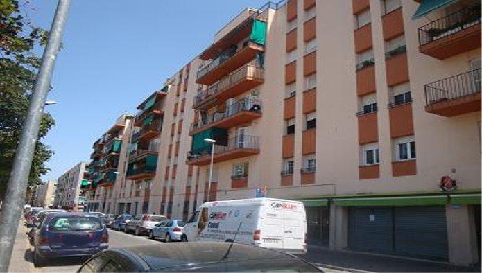 Piso en Girona (34056-0001) - foto0