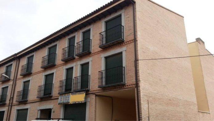 Piso en Fuensalida (M60369) - foto0