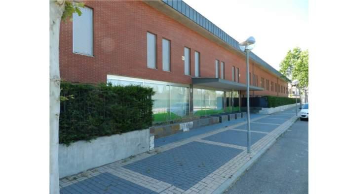 Edificio en Simancas (M71186) - foto1