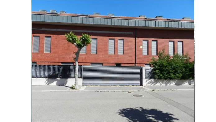 Edificio en Simancas (M71186) - foto2