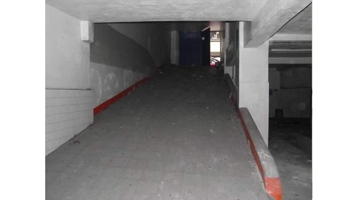 Locales en Vigo (23025-0001) - foto3