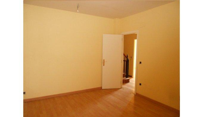 Casa en Villarramiel (22437-0001) - foto3