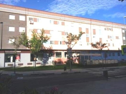 Locales en Plasencia (Edificio Salamanca) - foto0