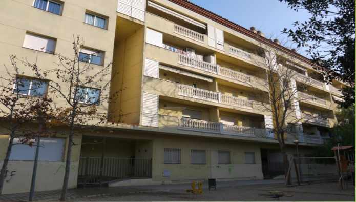 Piso en Figueres (35902-0001) - foto0